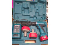 Makita 6270D Cordless 12V drill, charger, 3 x 1.3Ah batteries and carry case