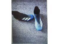 Predator Freak Football Boots