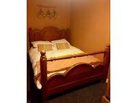Kingsize solid wood bedframe