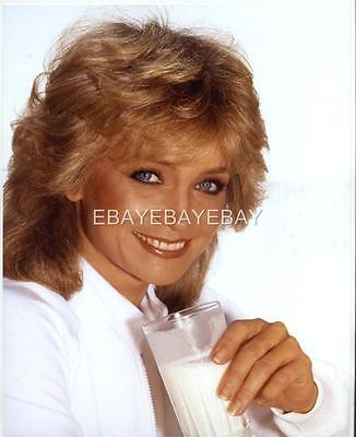 Superb High Resolution BARBARA MANDRELL   Embossed Photo By Harry Langdon HL1861 on Rummage