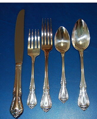 Oneida Wm A Rogers Chalice 5 Piece Place Setting Silverplate Overlaid Flatware