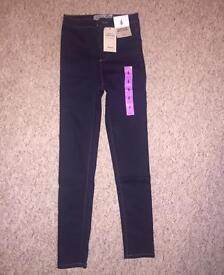 Size 6-8 Jeans/Jeggings