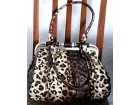 LARGE LOT (13 AT LEAST) NEW & AS NEW HANDBAGS.