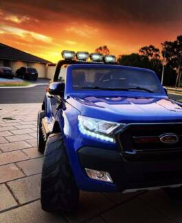 Licensed 2017 4wd FORD RANGER ride on car w/LCD - Blue