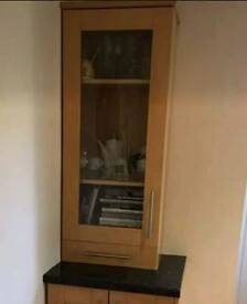 Howdens Lynhurst Kitchen Units Including Doors and Handles