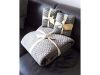 BRAND NEW – 'WEST ELM' Gorgeous Quilted Bed throw and 2 extra large square cushion covers - £85.00