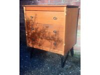 Vintage Retro Chest of Drawers for Upcycling?