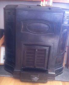 Woodburner - Vintage Art Nouveau cast iron multi-fuel stove c.1912 £450
