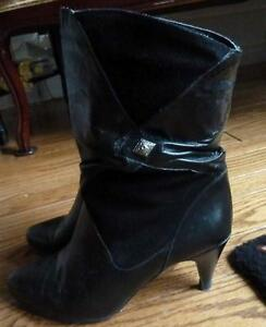 Black Leather/Suede Short Boots