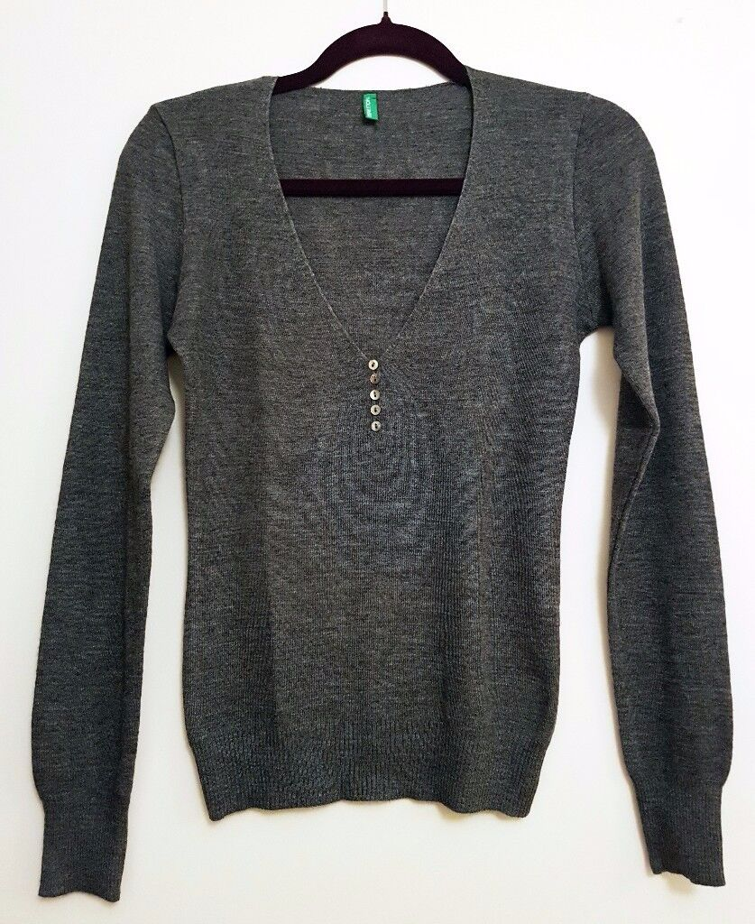 BENETTON Women's Wool Sweater V-Neck Grey Size M *Brand New Without Tags