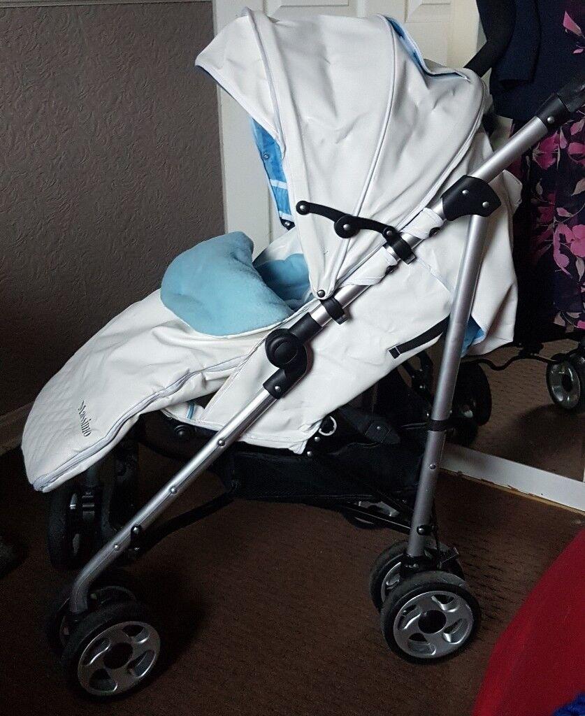 Massimo Leatherette Stroller