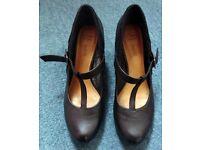 Clothing & shoes – women Ladies Clarks t-bar shoes size 7