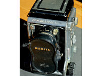 Mamiya C3 twin lens reflex camera.