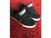 BRAND NEW! Osiris skate shoes/trainers size 6 uk
