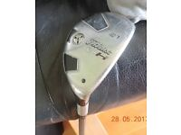 Golf club: Titleist 909H Hybrid 21 degree