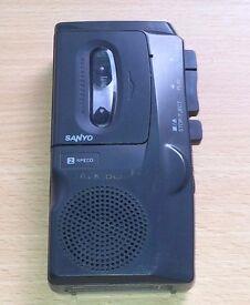 Sanyo Talk Book TRC-520M Micro Cassette Dictaphone Recorder