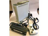 Xbox 360 80GB HDD Matte White Console With Leads, Games and Controller