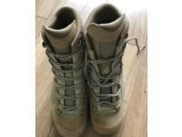 Military combat boots never worn UK 9.5
