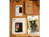 Samsung S5 & Extended Battery with Extras