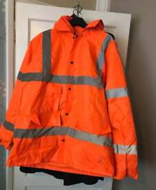 Orange hi vis coat. Size xl.