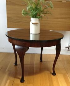 Vintage Solid Wood Round Coffee Table with Removable Glass Top