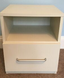 One Solid Good Quality White Bedside Cupboard with Shelf H20.5in/52cmW17.5in/44cmD18.5in/46cm