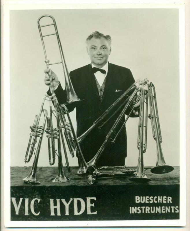 c1940s ADVERTISEMENT for BUESCHER INSTRUMENTs VIC HYDE ACTOR MUSICIAN 1 MAN BAND