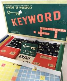 🗝Vintage 1953 Waddingtons Keyword Board Game from makers of Monopoly