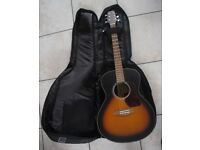 WALDEN GRAND AUDITORIUM G570TB TOBACCO COLOURED ACOUSTIC GUITAR WITH CASE.