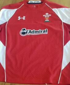 Wales Underarmour Long Sleeved Rugby Shirt. Large size.