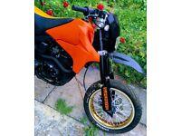 Lexmoto adrenaline 125cc motorcycle supermoto