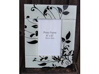 Glass Black and White Photo Frame