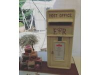 Hire one of our stunning Vintage Cast Iron Post Boxes £35