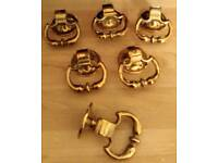 Vintage brass cupboard/door pulls x 6