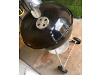 WEBER BARBECUE PLUS ALL ACCESSORIES USED ONLY TWICE! - £70 ONO