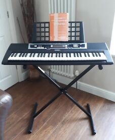 Yamaha YPT210 Keyboard. Excellent condition.