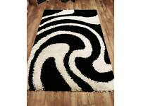 Almost new Fluffy rug for sale