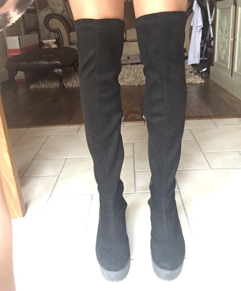 72bfe3f3f14eb Black thigh-high boots size 5 5.5
