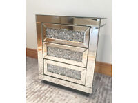 MIRRORRED BEDSIDE TABLE 3 DRAWERS CRUSHED DIAMOND CRUSH CRYSTAL BLING MODERN