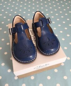 Clarks Yarn Weave | Toddler Shoes | Size 4.5G | Blue