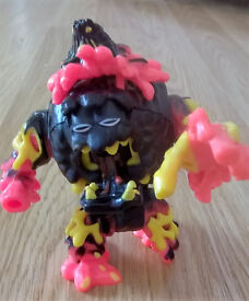 MIGHTY MAX melts LAVA BEAST Battle Warrior (incomplete)