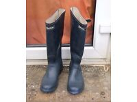 Navy Barbour Wellies Size 7