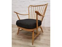 Ercol Armchair (DELIVERY AVAILABLE FOR THIS ITEM OF FURNITURE)
