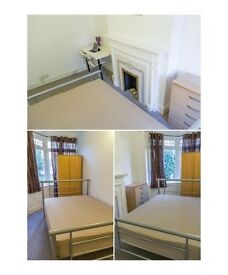 BRENT CROSS, Huge single room in a fantastic flat with living room, MOVE IN TODAY