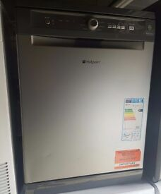 New/Ex-Display Silver Hotpoint Dishwasher. A++
