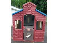 Little Tikes Garden Playhouse Fire Station/Schoolhouse
