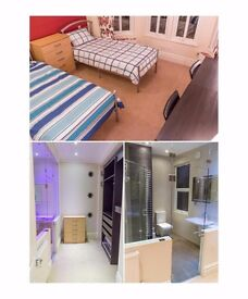 J*/ AMAZING TWIN ROOM WITH PRIVATE BATHROOM* AVAILABLE RIGHT NOW* LUXURY PROPERTY