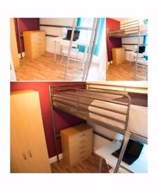 M* CHEAP ROOM IN THE HEART OF SHOREDITCH!!