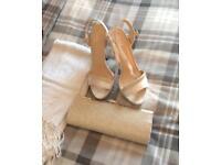 Sandals,bag & shawl