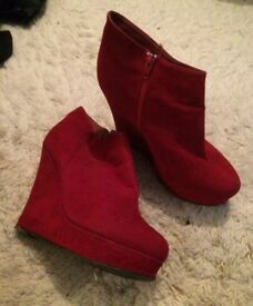Women's red size 6 wedge ankle boots